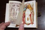 [Missel en celluloïd], Nouveau paroissien romain contenant les offices des dimanches et des fêtes de l'année.. [Missel en celluloïd]