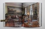 Une histoire du luxe à Genève. Richesse et art de vivre aux XVIIe et XVIIIe siècles.. WALKER Corinne: