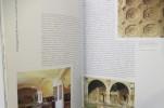 GUIDE ARCHEOLOGIQUE DE ROME. Forum Romain - Palatin - Capitole et Musées Capitolins - Forums Impériaux - Colisée - Domus Aurea.. Adriano La Regina