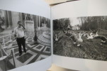 ANIMONUMENTS. Un voyage sentimental à travers la France.. Nicolas Guilbert