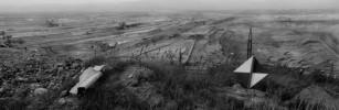 Le Triangle noir. La région située au pied des Monts métallifères. Fotografie 1990-1994.. KOUDELKA (Josef).