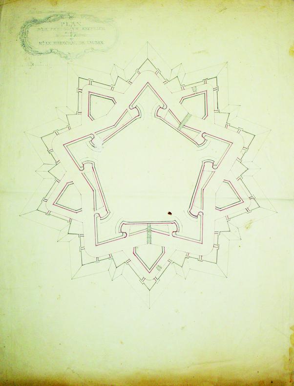 Plan d'un pentagone régulier suivant le second système de Mr le maréchal de Vauban.. FORTIFICATIONS. MANUSCRIT.