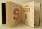 S COMME CINGLE. Illustrations de Jösef Sumichrast.. [HARLIN QUIST] Mc NEIL (David) & SUMICHRAST (Jösef)