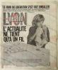 SUPPLEMENT A LIBERATION DU 8 OCTOBRE 1986. L'actualité ne tient qu'à un fil. . PUBLICITE.  JOURNAL IMPRIME SUR TISSU.