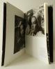 L'HOMMAGE A ROGER CORBEAU. Ouvrage publié à l'occasion de la remise à Roger Corbeau du premier Grand prix Rollei d'or des photographes de plateau.. ...