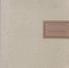 Met behoud van identiteit. Perscombinatie 1968-1993. Een bundel essays geschreven ter gelegenheid van het 25-jarig bestaan van Perscombinatie N.V.. ...