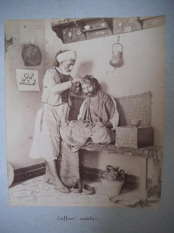coiffeur arabe (Algérie) . GEISER J.
