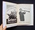 """Programme de la tournée """"Mezz"""" Mezzrow 1954 en France + Le Point numéro de janvier 1952 : Le Jazz - . MEZZROW (Milton """"Mezz"""") - DOISNEAU (Robert) - ..."""