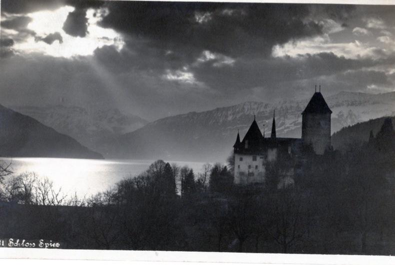 Schloss Spiez.. Suisse
