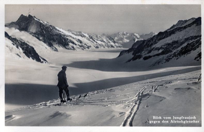 Blick vom Jungfraujoch gegen den Aletschgletscher . Suisse