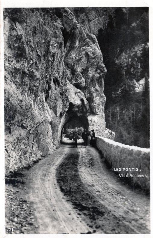 Les Pontis , Val d' Anniviers.. Suisse