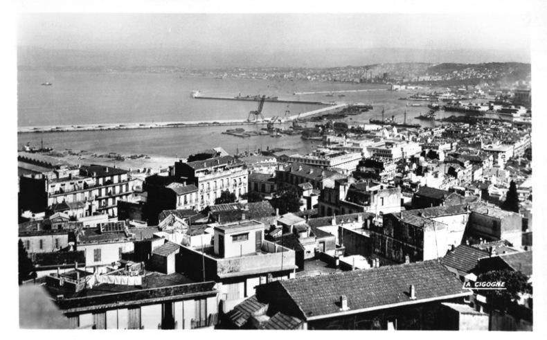 ALGER , Vue générale du port du commerce .. Algérie