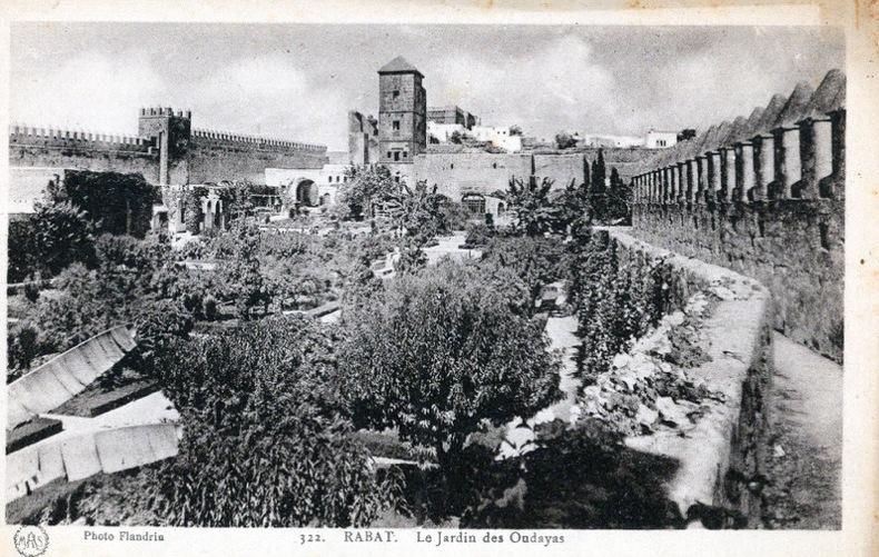 RABAT ,  le jardin des Oudayas . Maroc