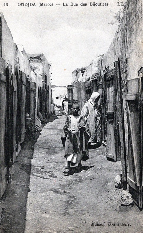 OUJDA, la rue des bijoutiers. Maroc