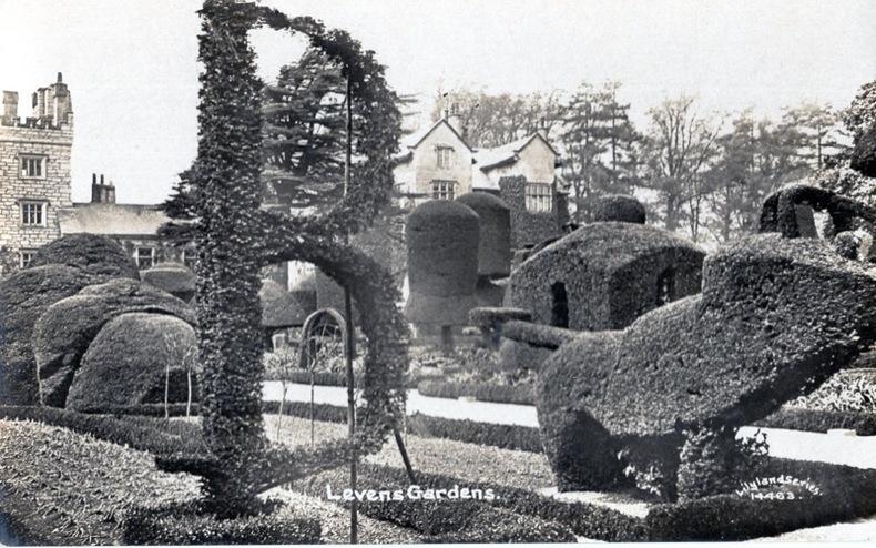 LEVENS , Gardens. Angleterre