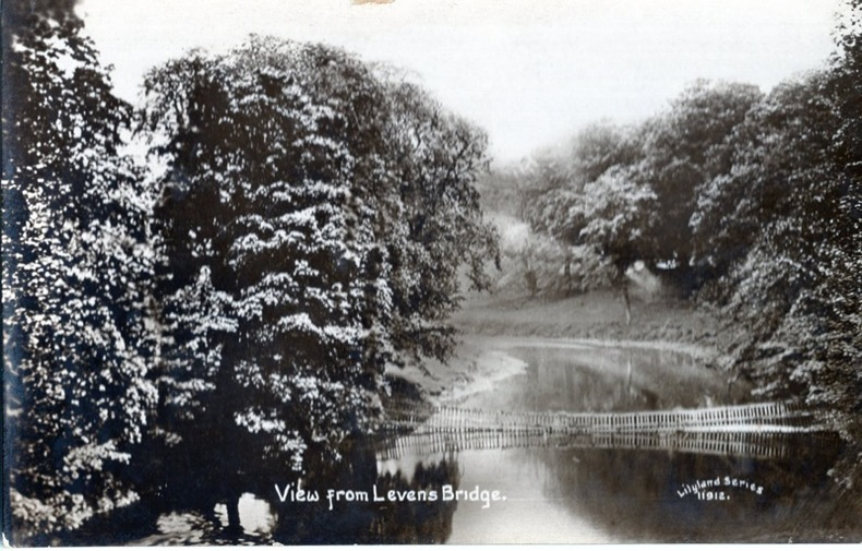 LEVENS , View from Levens Bridge . Angleterre