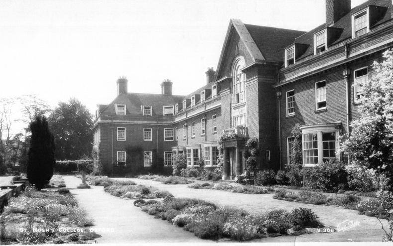 OXFORD , ST. HUGH'S COLLEGE .. Angleterre