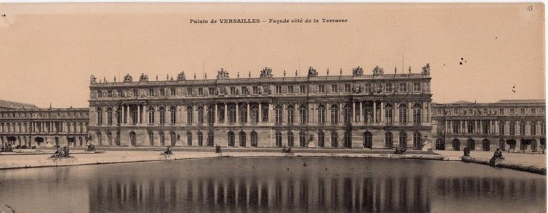 PALAIS DE VERSAILLES , Façade côté de la terrasse. Paris
