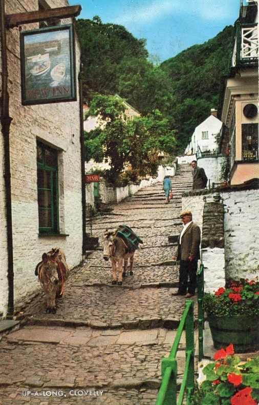 CLOVELLY , UP-A-LONG . Angleterre