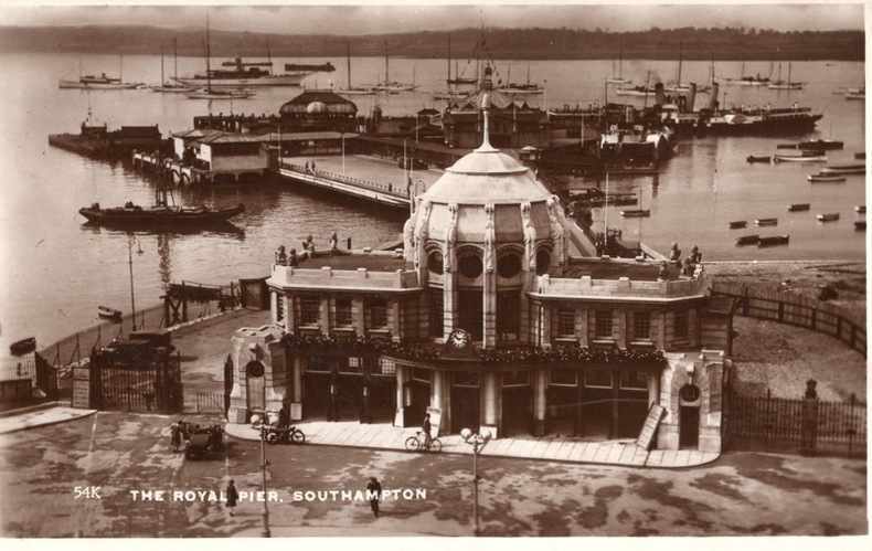 SOUTHAMPTON , THE ROYAL PIER. Angleterre