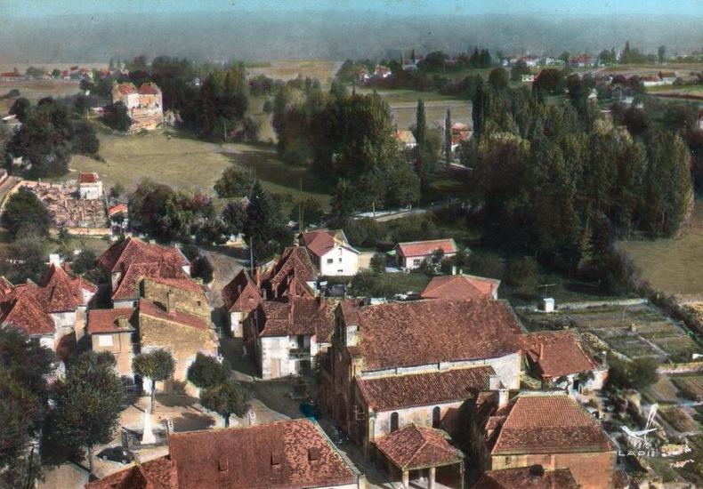 LANQUAIS . Dordogne