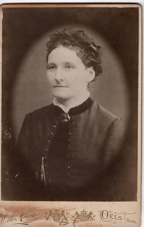Femme . Otto Muecke