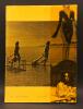 Glissements progressifs du plaisir. Ciné-roman. Illustré de 56 photographies extraites du film. . ROBBE-GRILLET, Alain