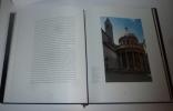 Les églises de Rome. Paris. Imprimerie Nationale éditions. 1997.. GRIMAL, Pierre - ROSE, Caroline