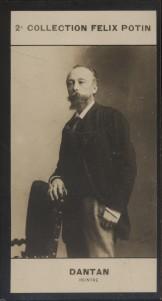 Photographie de la collection Félix Potin (4 x 7,5 cm) représentant : Edouard Dantan, peintre.. DANTAN (Edouard) - (Photo de la 2e collection Félix ...