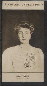 Photographie de la collection Félix Potin (4 x 7,5 cm) représentant : Victoria - Reine d'Espagne.. VICTORIA (Reine d'Espagne) - (Photo de la 2e ...