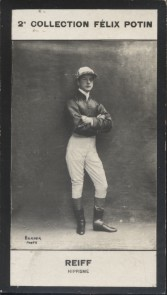 Photographie de la collection Félix Potin (4 x 7,5 cm) représentant : John Reiff, jockey.. REIFF John-William - (Photo de la 2e collection Félix ...