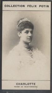 Photographie de la collection Félix Potin (4 x 7,5 cm) représentant : Reine Charlotte de Würtemberg. Début XXe.. CHARLOTTE, Reine de Würtemberg - ...