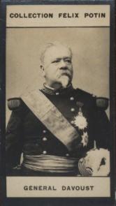 Photographie de la collection Félix Potin (4 x 7,5 cm) représentant : Général Léopold Davout.. DAVOUST (Général)