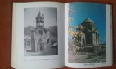 Les Monuments arméniens du IVe siècle au XVIIe siècle. UTUDJIAN Edouard