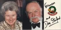 Mulligan's Pirates. ( Avec superbe dédicace en français de Don Stanford, accompagnée d'une photographie signée, de l'auteur et son épouse Frances ).. ...