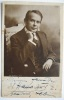 Porträt-Postkarte (phot. W. Willinger, Berlin), 13,5 x 8,5 cm) mit handschriftlicher Widmung von A. Lebius an Dr. Haas. . LEBIUS (Aenderly).