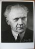 Porträt Wilhem Backhaus. Original-Photographie von Germaine Martin, Lausanne. Postkarte (14,6 x 10,3 cm). . BACKHAUS - MARTIN (Germaine) - ...