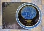 Planisphère céleste montrant les plus importantes étoiles. .