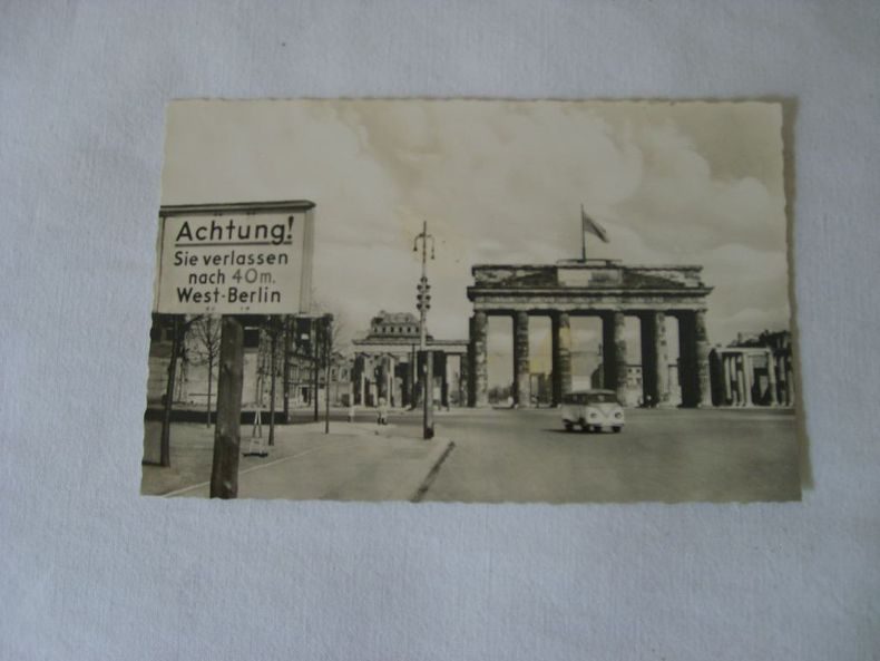 BERLIN. Brandenburger Tor..