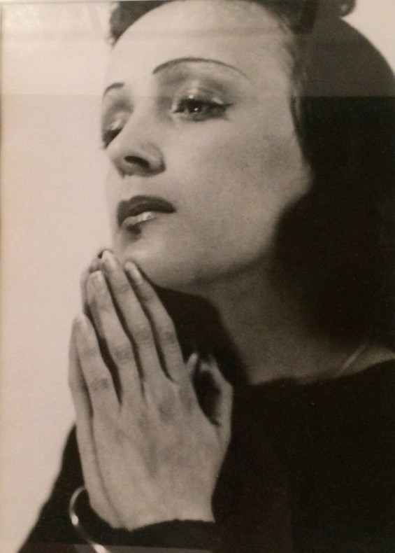 Portrait (attribué à Willy KESSELS, c. 1938). PIAF Edith / Kessels Willy